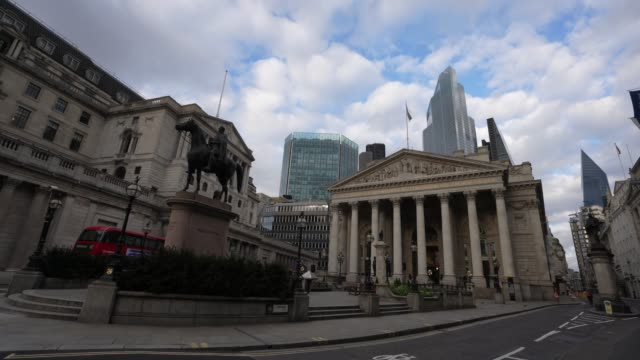the empty street out side the royal exchange the bank of england during london's lockdown of the city during the coronavirus covid19 pandemic on... - side view stock videos & royalty-free footage