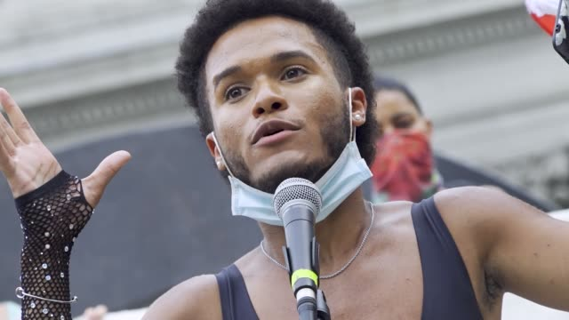 vidéos et rushes de the event was organized by freedom march nyc a protest group civil rights organization organized by young black women leading non-violent protests.... - non us film location