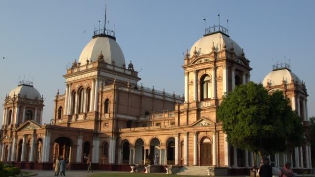 the exterior of the beautiful palace of noor mahal in bahawalpur, pakistan - punjab pakistan stock videos & royalty-free footage