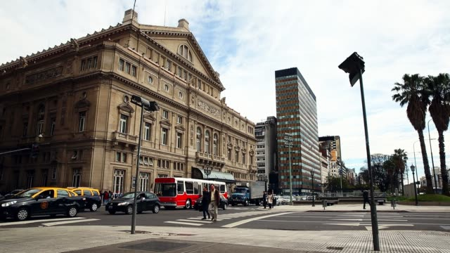 the exterior of the teatro colón is seen on september 30, 2014 in buenos aires, argentina. - buenos aires bildbanksvideor och videomaterial från bakom kulisserna