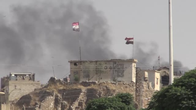 The extremist Islamic State group has gained ground against the Syrian army in a major northeastern city a monitor said Tuesday after three weeks of...