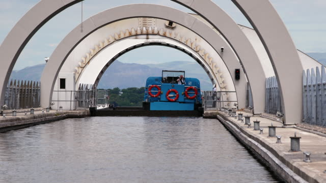 the falkirk wheel scotland - engineering stock videos & royalty-free footage