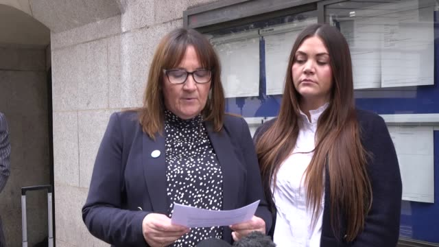 the family of josh hanson, tracey and brooke hanson give a statement outside the old bailey following the sentencing of shane o'brien. tracey hanson... - juror law stock videos & royalty-free footage