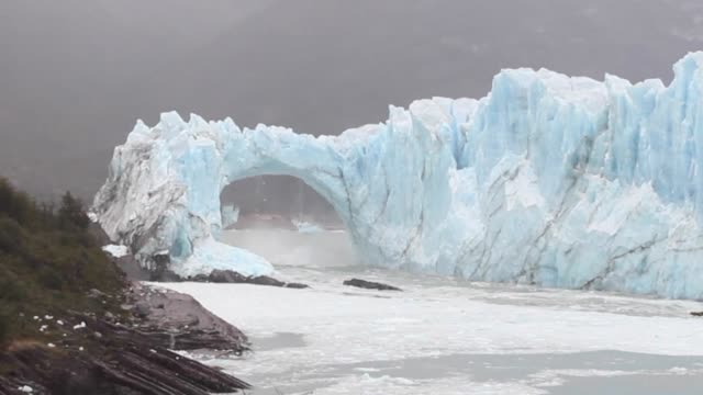 the famous perito moreno glacier has started its cyclical rupture a phenomenon involving the collapse of huge masses of ice that hasnt happened since... - collapsing stock videos & royalty-free footage