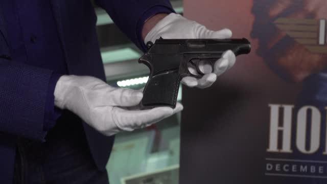 CA: Connery's original James Bond handgun set for $200,000 auction
