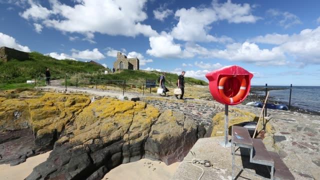 the farne islands on the northumberland coast, uk. - northumberland video stock e b–roll