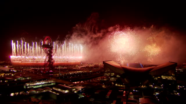 the final minute of the fireworks of the london 2012 paralympic opening ceremonythis is a static wide shot with no sound paralympic opening ceremony... - 2012 stock videos and b-roll footage