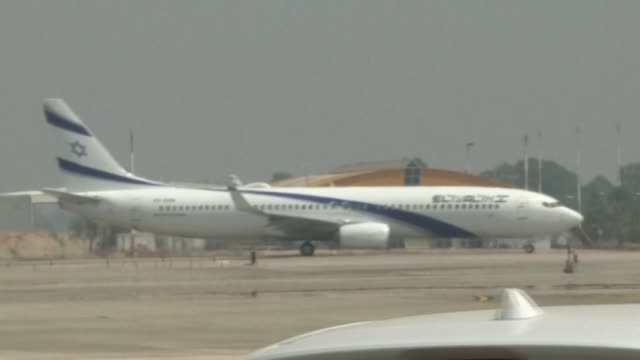 the first direct commercial flight from israel to the united arab emirates takes off from ben gurion international airport near tel aviv - diplomacy stock videos & royalty-free footage