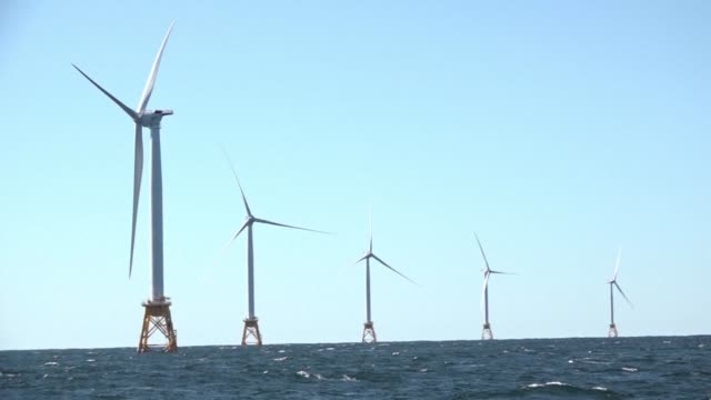 vídeos de stock, filmes e b-roll de the first offshore wind farm in the us is set to start generating power in november exactly eight years after barack obama was elected pledging to... - a. gore
