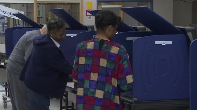 vídeos de stock, filmes e b-roll de the first voters headed to the polls in south carolina saturday morning as the state's republican presidential primary election officially began - primary election