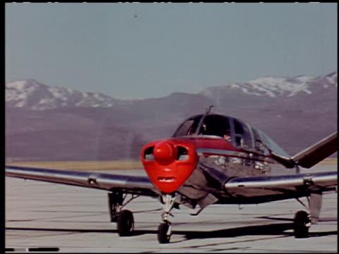 the flight decision - 5 of 14 - andere clips dieser aufnahmen anzeigen 2276 stock-videos und b-roll-filmmaterial