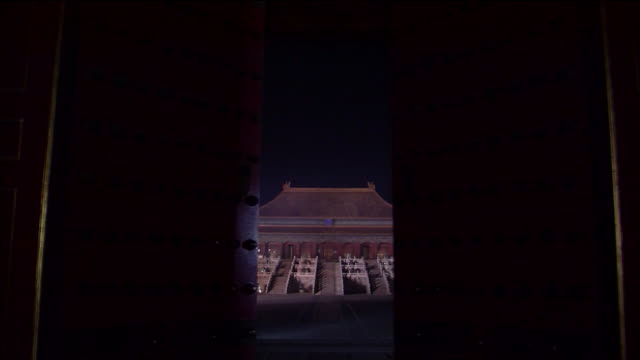 stockvideo's en b-roll-footage met the forbidden city and the throne - verboden