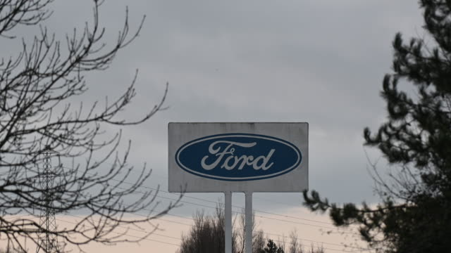 the ford engine plant on january 12 2019 in bridgend wales ford has announced a shakeup of its european operations which could lead to the loss of... - ford motor company stock videos and b-roll footage