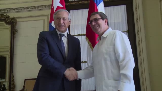 the foreign minister of chile heraldo munoz said thursday that his country wants to deepen economic ties and cooperation with cuba during a highly... - salvador allende stock videos & royalty-free footage