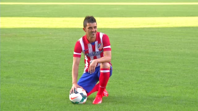 The former Barcelona player is iunveiled to the press and adoring fans as a new striker for Atletico Madrid David Villa Becomes Atletico Madrid...