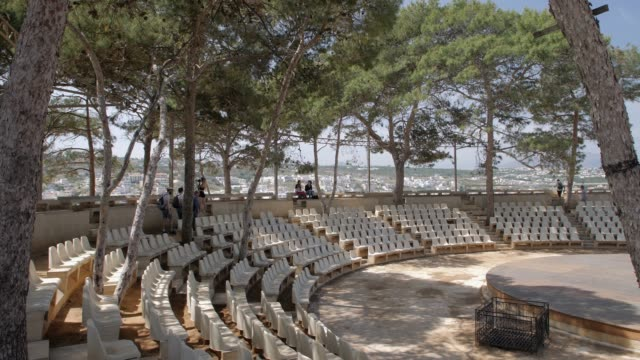 the fortezza, castle, rethymnon, crete, greek islands, greece, europe - amphitheatre stock videos & royalty-free footage