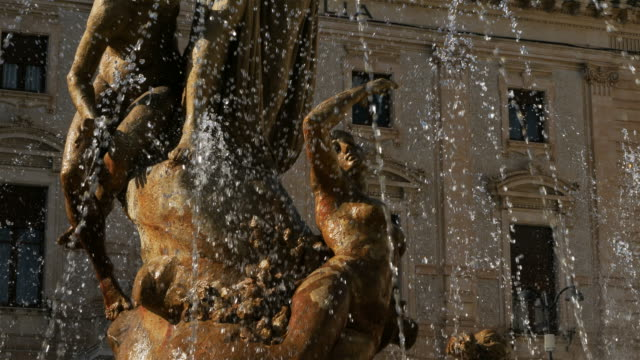 the  fountain of diana, piazza archimed, syracuse, sicily, italy - 1906 stock videos and b-roll footage