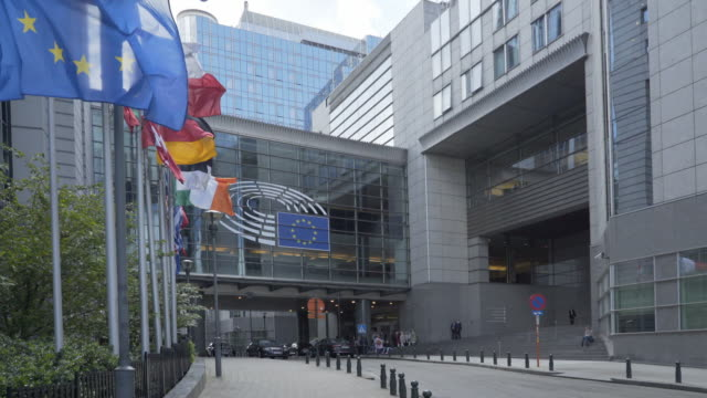 the front entrance of the european parliament, brussels, belgium. - brexit stock videos & royalty-free footage