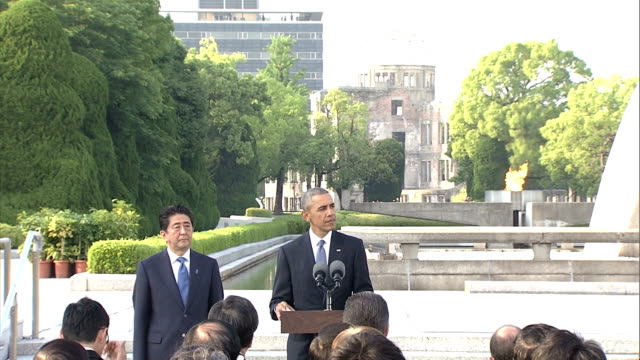the full text of us president barack obama's speech in hiroshima on on may 27 japan he stressed nuclearfree world in his speech - massenvernichtungswaffe stock-videos und b-roll-filmmaterial