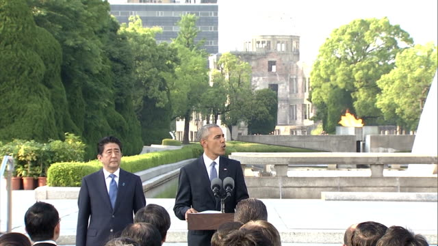 the full text of us president barack obama's speech in hiroshima on may 27 japan he stressed nuclearfree world in his speech - バラク・オバマ点の映像素材/bロール