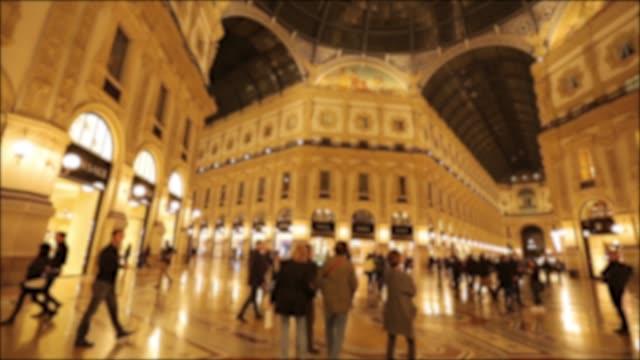 4k: the galleria vittorio emanuele ii in milan, italy - galleria vittorio emanuele ii stock videos and b-roll footage