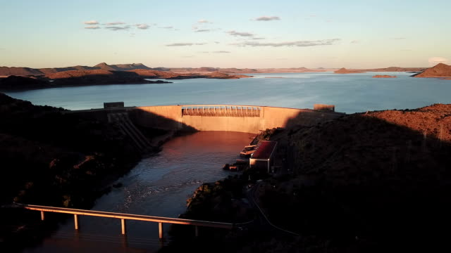 the gariep dam dam - diga video stock e b–roll