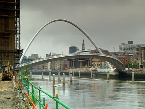 the gateshead millennium bridge spans the river tyne. - tyne and wear stock videos & royalty-free footage
