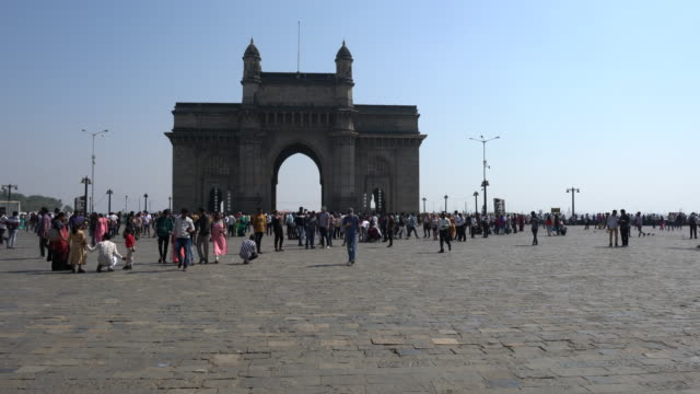 the gateway of india in mumbai - british culture stock videos & royalty-free footage