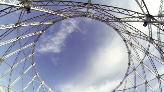 stockvideo's en b-roll-footage met the gazometro or gasometer of rome - kleurtoon