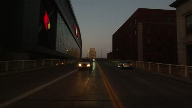 the george rogers clark memorial bridge past kfc yum center amid the 2020 global coronavirus pandemic on october 7, 2020. - vanishing point stock videos & royalty-free footage