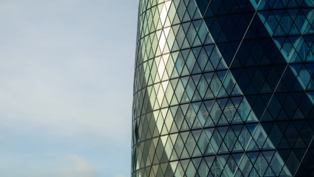 the gherkin, london - timelapse - office block exterior stock videos & royalty-free footage