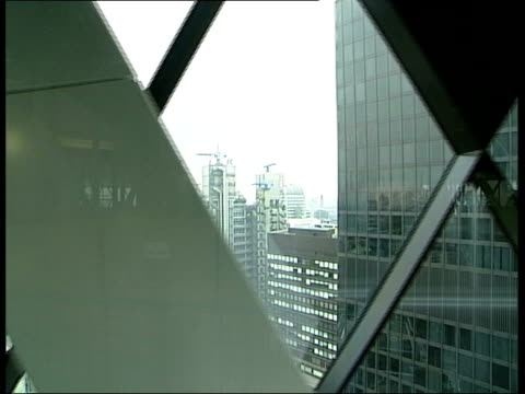 gv the gherkin ms the gherkin tilt up int i/c interior of the gherkin and views from the windows cms lord norman foster interview sot talks of design... - open drawer stock videos & royalty-free footage
