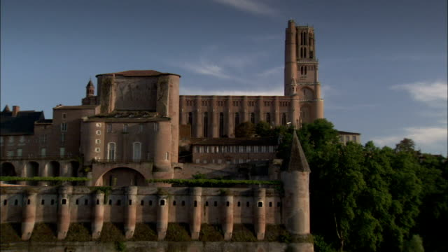 the gothic splendour of albi cathedral. available in hd. - fortress stock videos & royalty-free footage