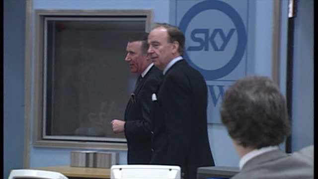the government has approved a bid by rupert murdoch's news corp to takeover bskyb, and create britain's biggest commercial media organisation. as... - andrew neil stock videos & royalty-free footage