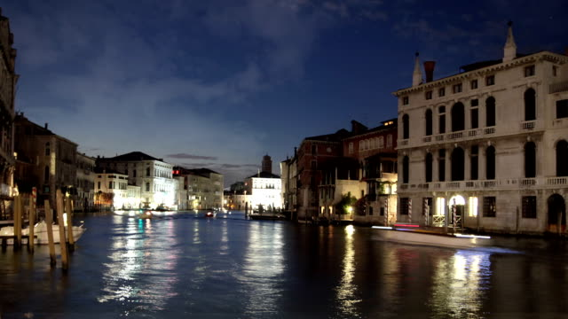 the grand canal, venice, italien - fasching stock-videos und b-roll-filmmaterial