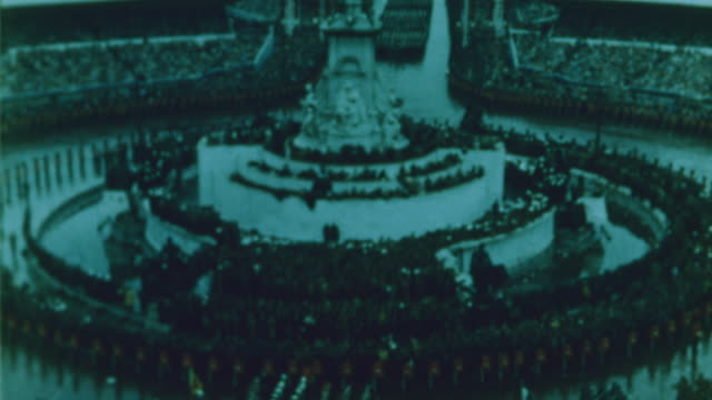 the grand procession goes past buckingham palace - 1953 stock videos & royalty-free footage