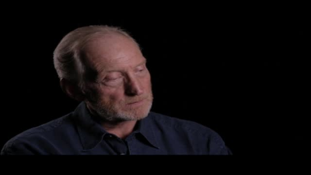 vidéos et rushes de the great british actor who plays tywin lannister in the hit hbo series spoke to hibrow about his screenwriting work, the books that moved him as a... - littérature
