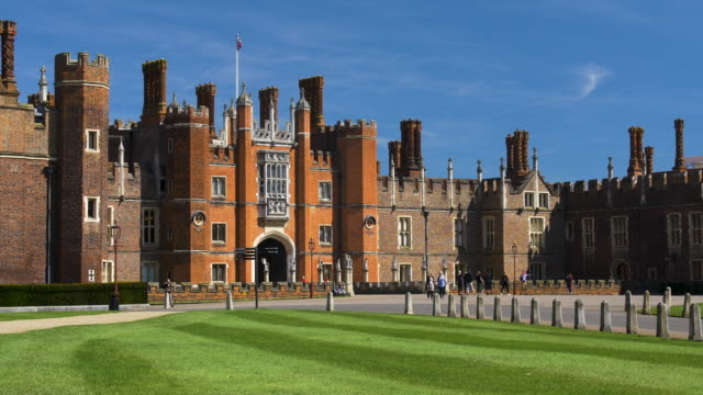 the great gatehouse. hampton court palace. - palace stock videos & royalty-free footage