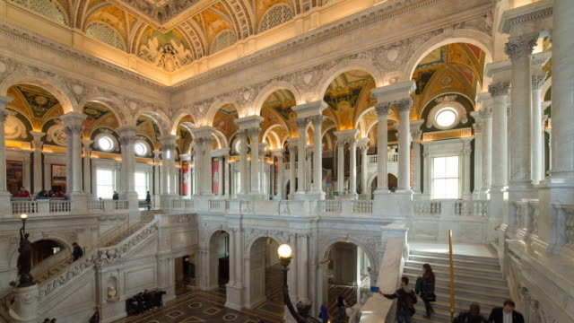 the great hall in the thomas jefferson building, library of congress, washington dc, usa - 連邦議会点の映像素材/bロール