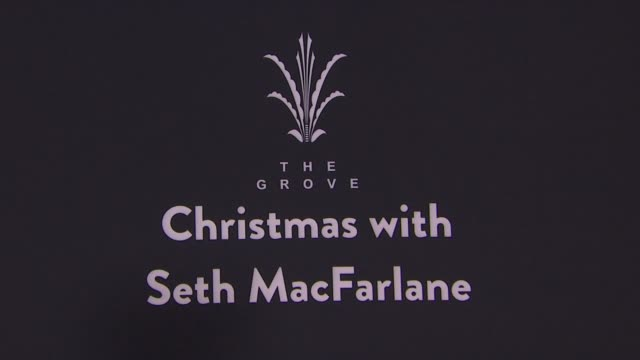 vídeos de stock, filmes e b-roll de chyron the grove christmas with seth macfarlane presented by citi at the grove on november 13 2016 in los angeles california - the grove los angeles