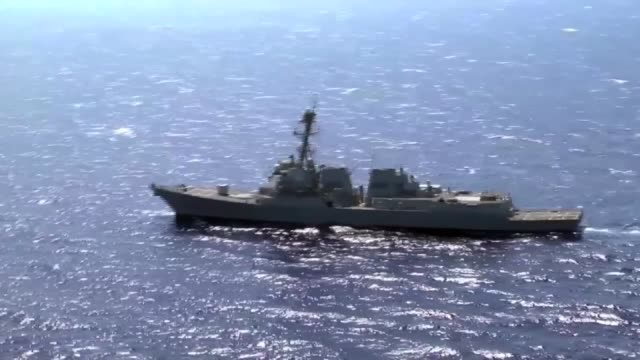 stockvideo's en b-roll-footage met the guided-missile destroyer uss james e. williams transits the red sea. james e. williams is deployed to the u.s. 5th fleet area of responsibility... - operation enduring freedom