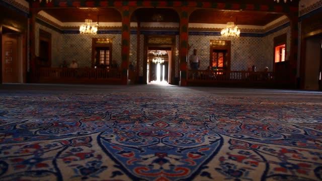 vídeos de stock, filmes e b-roll de the hacı bayram-ı veli mosque - panning
