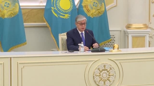 the hand picked successor of kazakhstan's longtime ruler who won a sweeping victory in a presidential election thanks the police for putting down... - nachfolger stock-videos und b-roll-filmmaterial