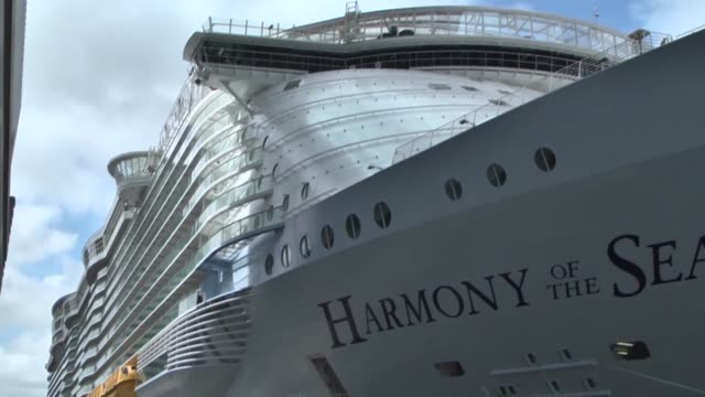 the 'harmony of the seas', the largest cruise ship in the world, arrives in the port of rotterdam, in rotterdam, the netherlands on may 24, 2016. the... - cruising video stock e b–roll