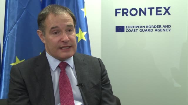 vídeos de stock, filmes e b-roll de the head of frontex europe's border control and coastguard agency denies suggestions that a push to beef up its numbers would undermine the... - carne vermelha