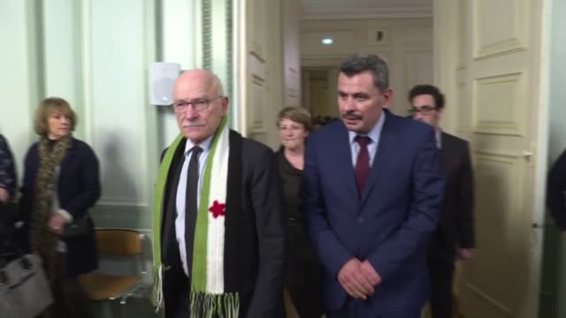 the head of the local council for the rebel held areas of aleppo receives a medal of friendship from the city of metz in france saying the whole... - metz stock videos and b-roll footage