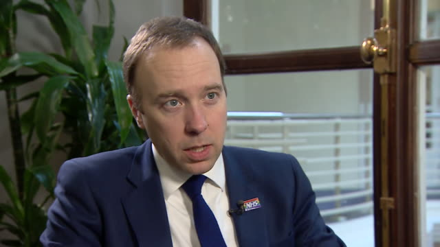 the health secretary is calling for global action against what he calls the deadly threat from antibiotic resistance matt hancock says over reliance... - comportamento animale video stock e b–roll