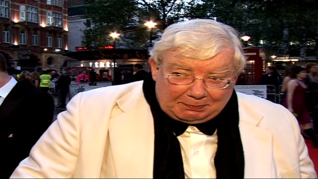 'the history boys' royal film premiere; richard griffiths interview sot - six tony awards, that's almost a record for a play / the day i read it i... - the history boys stock videos & royalty-free footage