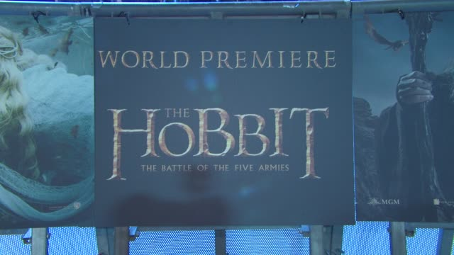 the hobbit: the battle of the five armies' world premiere at odeon leicester square on december 01, 2014 in london, england. - the hobbit: the battle of the five armies stock videos & royalty-free footage