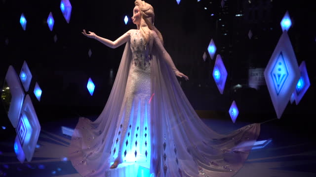 """the holiday window displays at the disney and saks fifth avenue unveil """"disney frozen 2"""" holiday windows at saks fifth avenue on november 25 2019 in... - frozen stock videos & royalty-free footage"""
